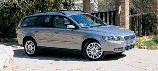 Тест-драйв Volvo V50 (Вольво В50): характеристики, фото, цена
